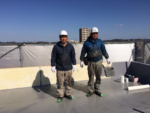 防水業者のサカエ化建工業の石田さんです。(兄弟です)